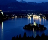 Blejsko jezero ponoči