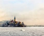 Blejsko jezero v zimskem času